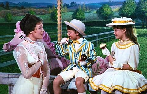 Karen Dotrice and Matthew Garber with Julie Andrews in Mary Poppins