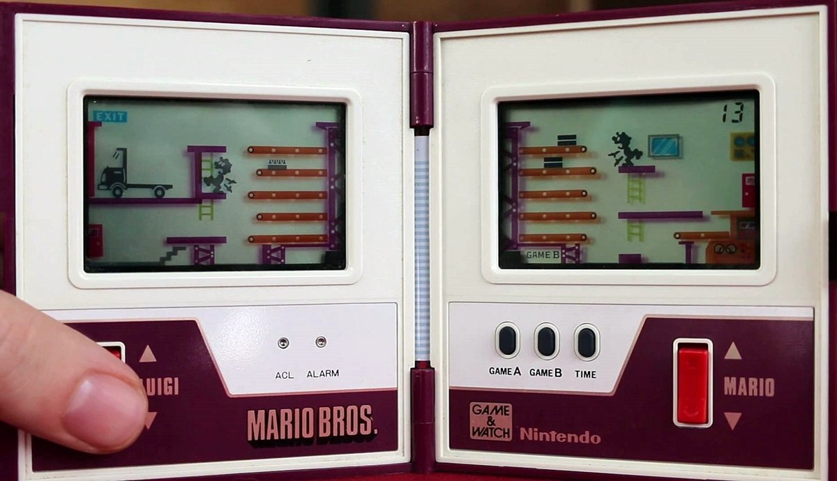 GAMEANDWATCH1 12 Of The Best Handheld Electronic Games From The 1980s