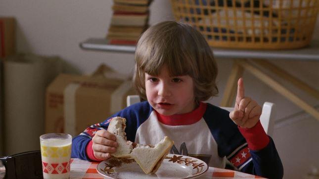 KShining TalkingFinger 10 Ways The Shining Set Itself Apart In The Horror Movie Scene