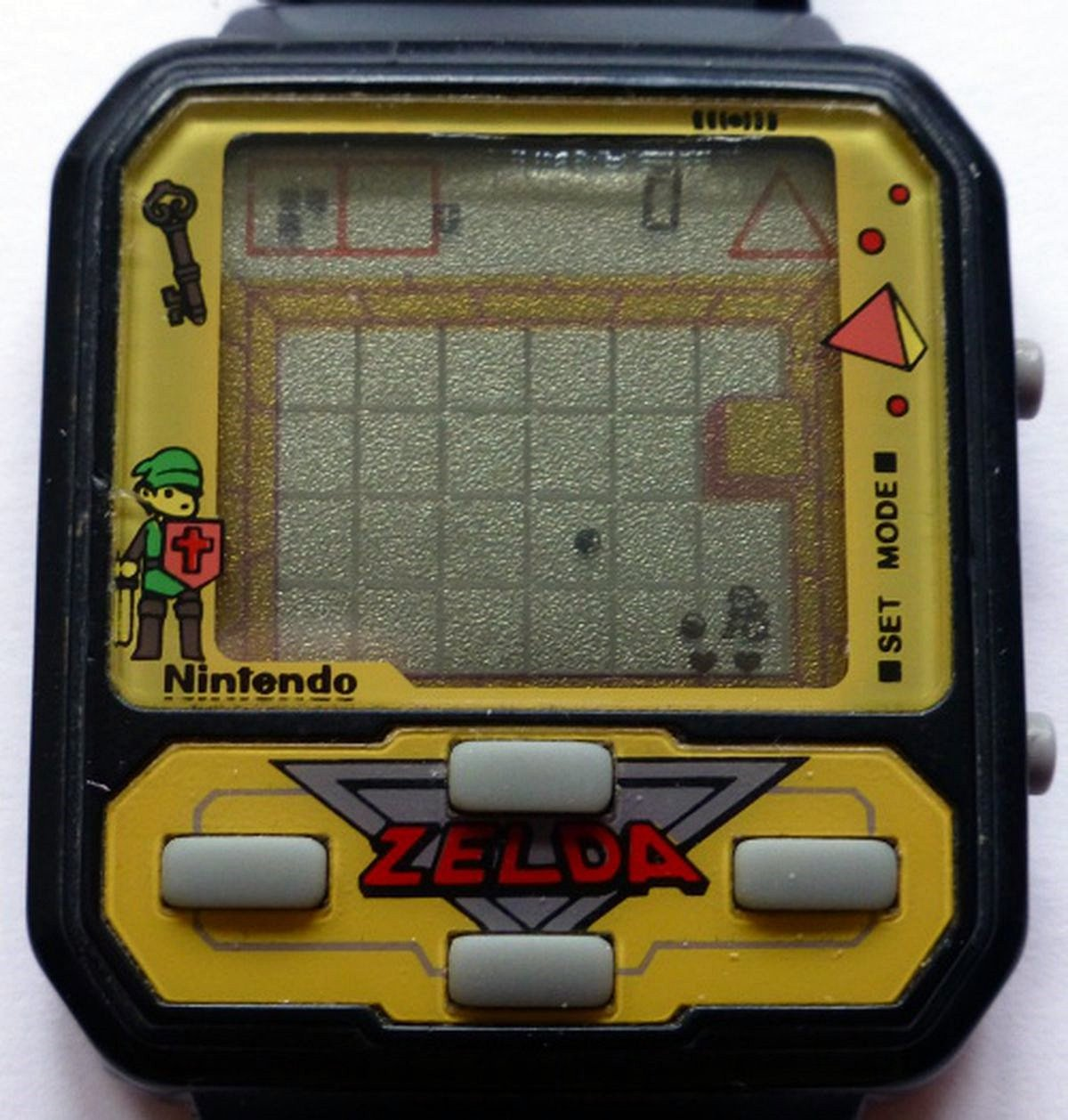NELSONIC2 12 Of The Best Handheld Electronic Games From The 1980s