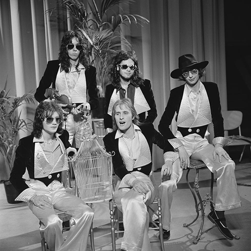 Steve Harley Cockney Rebel TopPop 1974 3 e1616490502528 Watch: The 20 Greatest TV Adverts Of The 80s