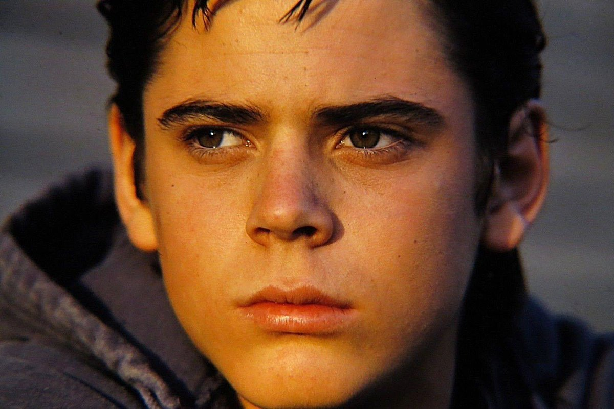 d era Remember The Outsiders' Ponyboy Curtis, C Thomas Howell? Here He Is Now!