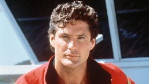 david hasselhoff baywatch tease 160303 9a484fa3b89ae657a2520419e0bbdf6f 18 Things You Never Knew About Knight Rider