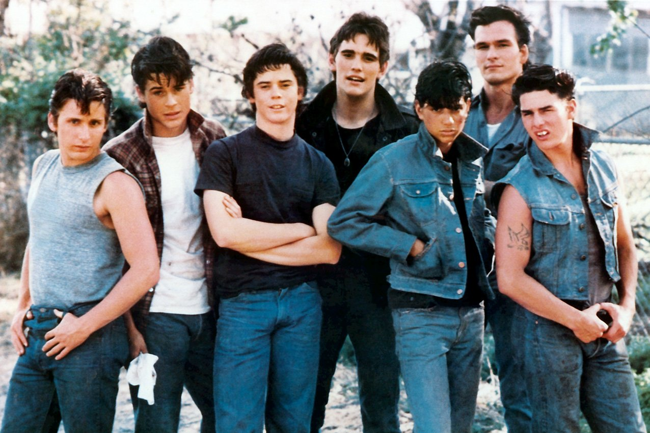 f cast Remember The Outsiders' Ponyboy Curtis, C Thomas Howell? Here He Is Now!