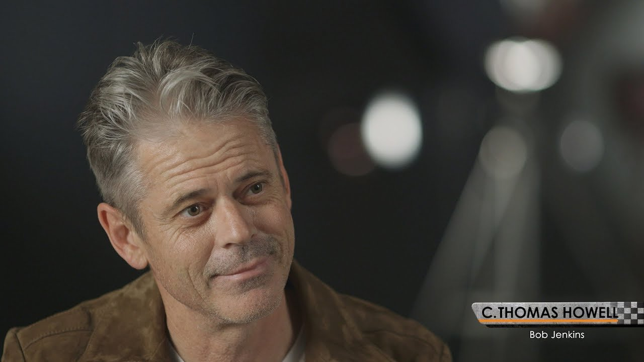 h Remember The Outsiders' Ponyboy Curtis, C Thomas Howell? Here He Is Now!