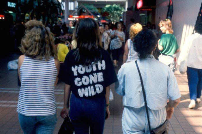 http 2F2Fa.amz .mshcdn.com2Fwp content2Fuploads2F20142F122FMalls 700 56 15 Vintage Photos of 80s Malls To Make You Feel Nostalgic