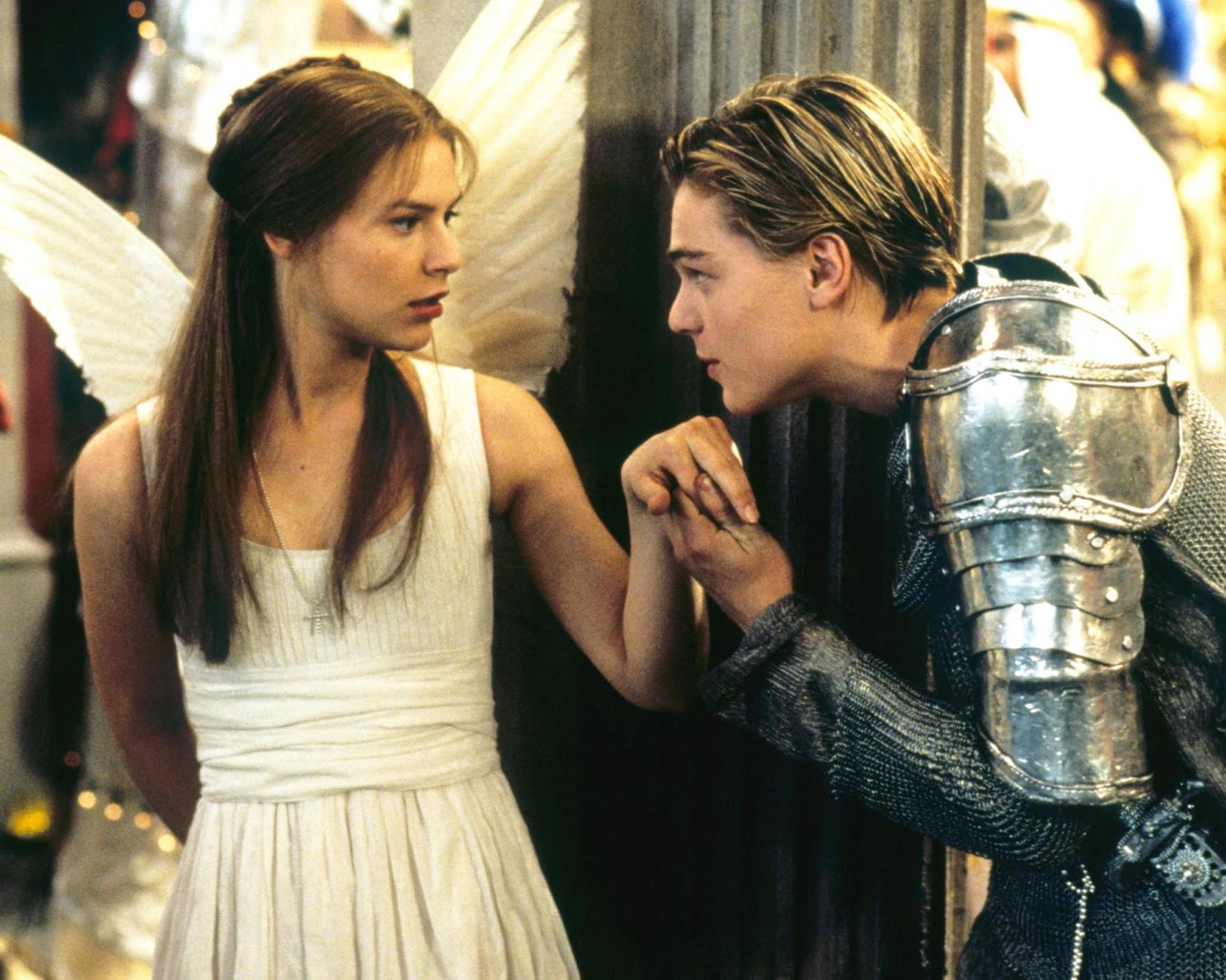 Claire Danes as Juliet and Leonardo DiCaprio as Romeo in Romeo + Juliet (1996)