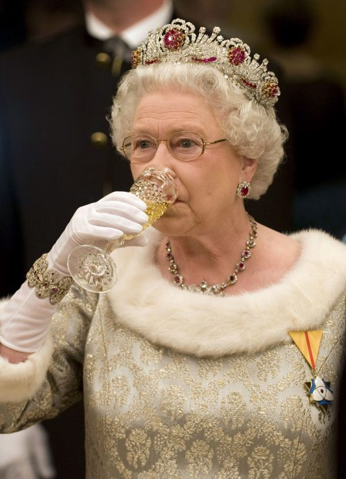 1 3 2 e1574846170179 20 Bizarre Royal Family Rules You Won't Believe