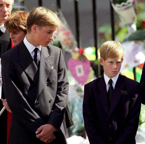 15 2 2 e1574782084986 20 Bizarre Royal Family Rules You Won't Believe