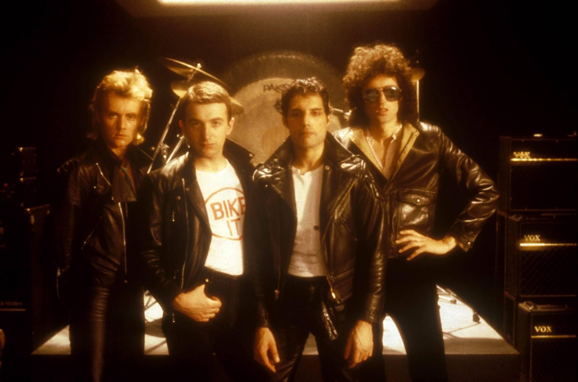 1 ZrKheRQJF8aTnLRrbrj51g 30 Things You Didn't Know About Freddie Mercury