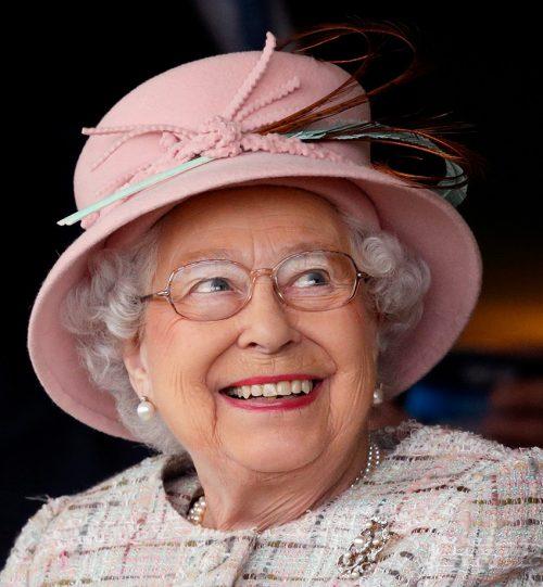 2 58 e1574846121861 20 Bizarre Royal Family Rules You Won't Believe