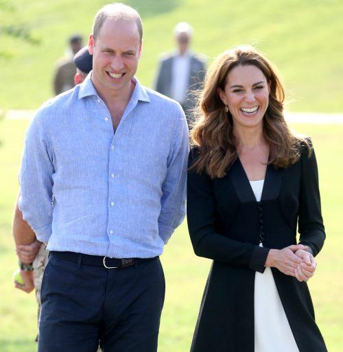 20 3 2 e1574781215526 20 Bizarre Royal Family Rules You Won't Believe