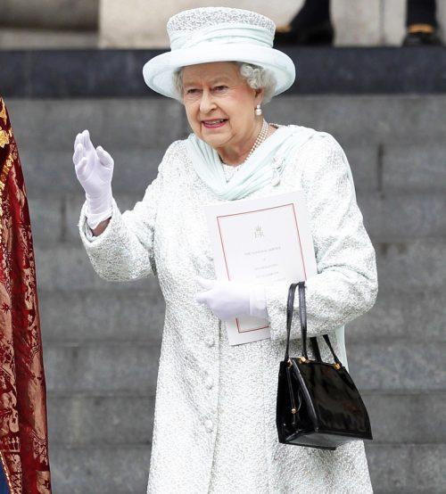 9 2 2 e1574845541272 20 Bizarre Royal Family Rules You Won't Believe