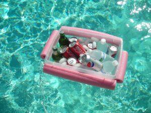 9 34 Top 10 Summer Hacks To Stay Cool In A Heatwave