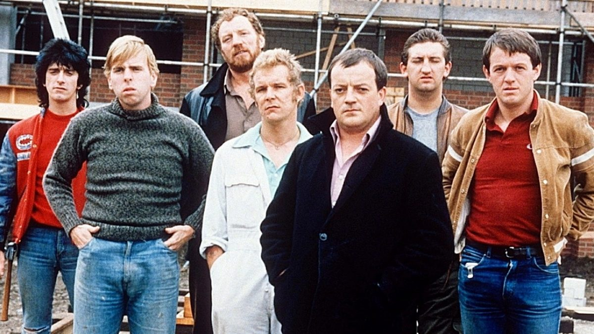 Here S What The Cast Of Auf Wiedersehen Pet Look Like Today