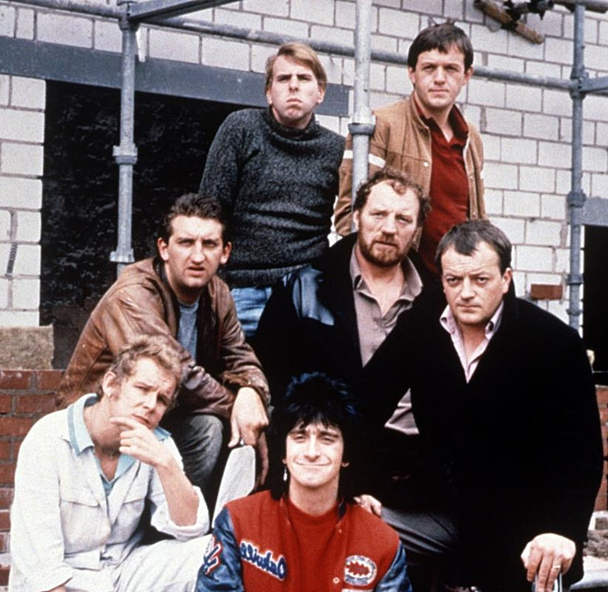 INTRO 2 Here's What The Cast Of Auf Wiedersehen Pet Look Like Today!