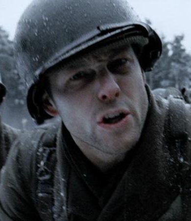 Jamie Bamber as Lt Foley in Band of Brothers