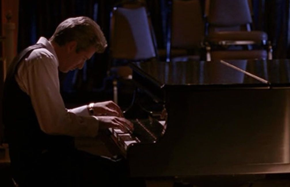 Richard Gere playing piano in Pretty Woman 20 Things You Didn't Know About Richard Gere