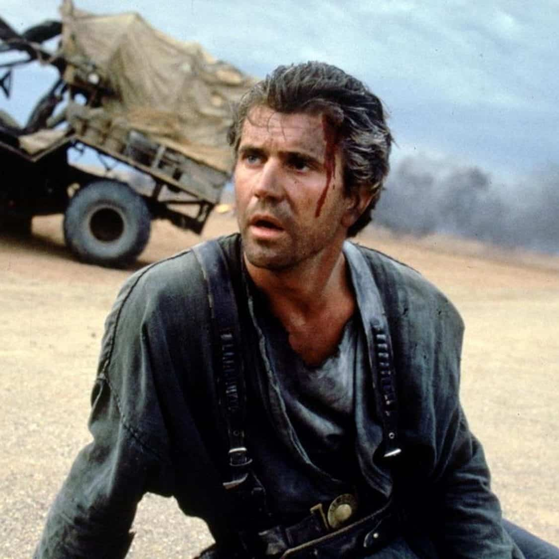 anglo 2000x1125 melgibson beyondthunderdome e1573642780100 Illegal Stunts And Extras Paid In Beer: How They Made 1979's Mad Max