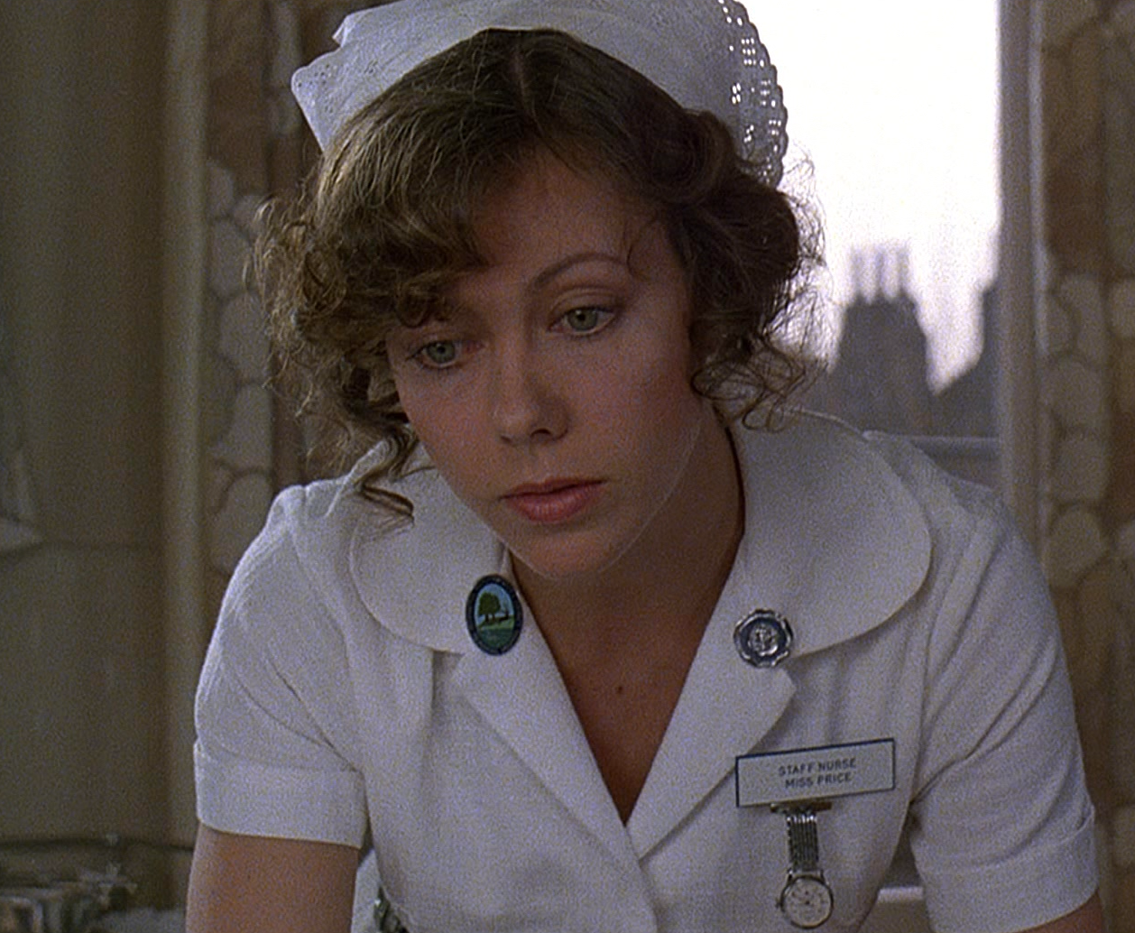 awil5 e1608206178939 Here's What Nurse Alex Price From An American Werewolf In London Looks Like Now...