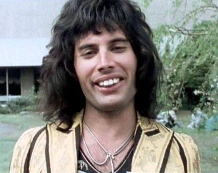 c6101c4c9c70c9eb4ac0bd75389a341256cdde9f hq 30 Things You Didn't Know About Freddie Mercury