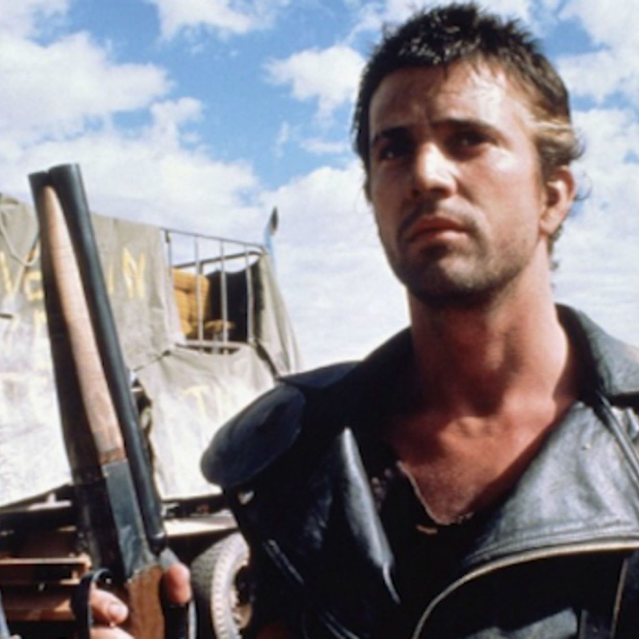 max lead e1573647207671 Illegal Stunts And Extras Paid In Beer: How They Made 1979's Mad Max