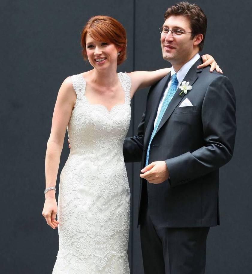 Ellie Kemper with husband Michael Koman on their wedding day, 2012
