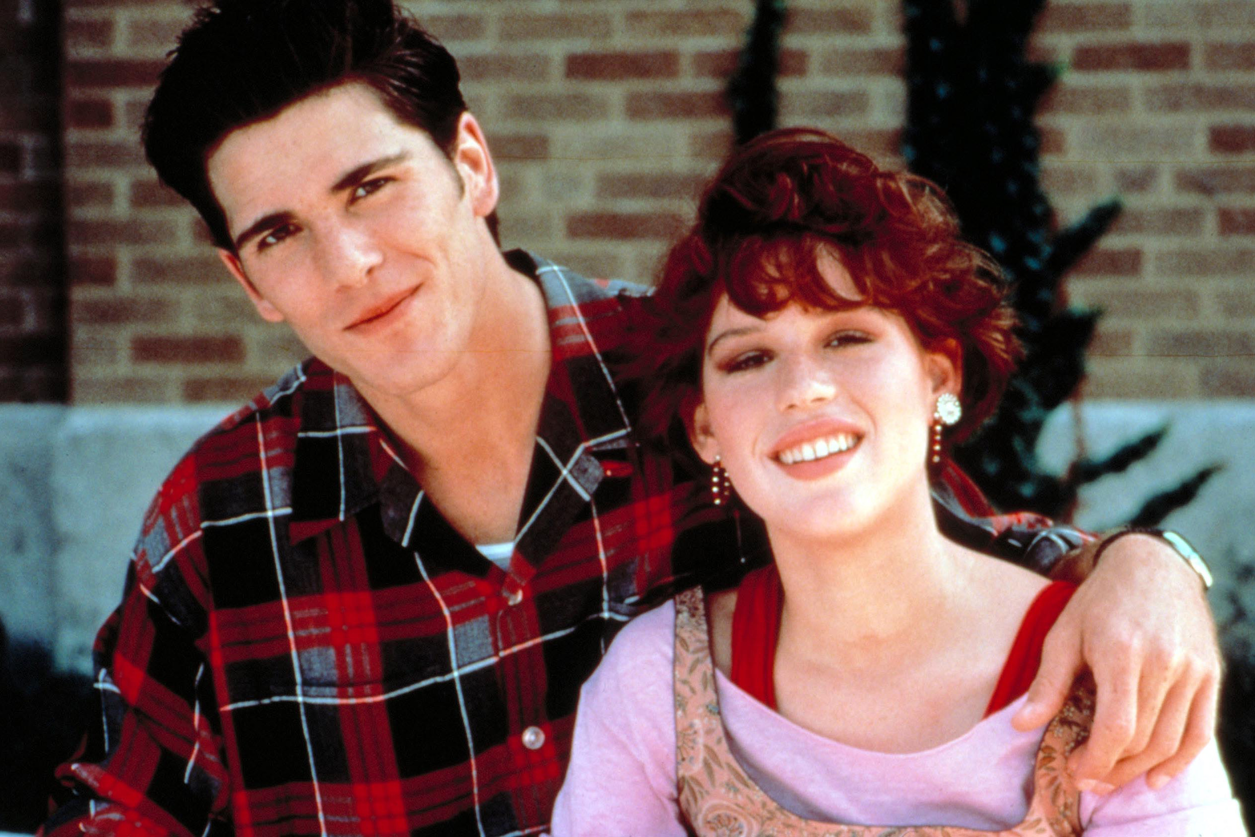 3a 20 Facts About Sixteen Candles That Really Take The Cake