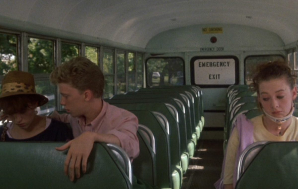 8a e1608213800489 20 Facts About Sixteen Candles That Really Take The Cake