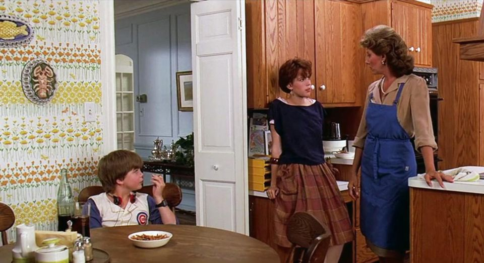 9a 20 Facts About Sixteen Candles That Really Take The Cake