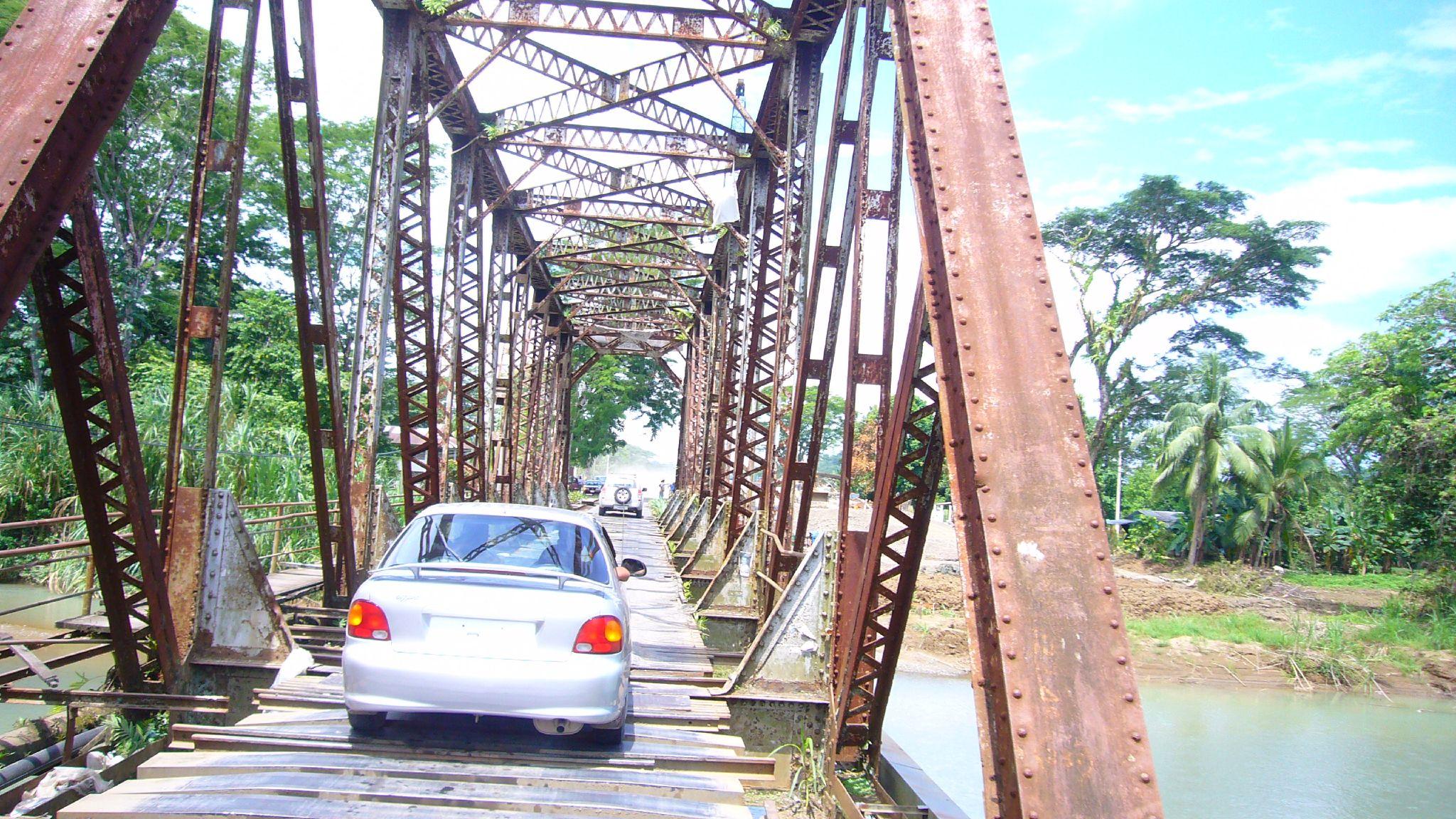 Costa Rica Quepos Bridge 0902 10 Of The World's Most Dangerous Bridges