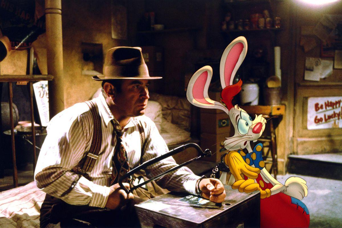 Who Framed Roger Rabbit bob hoskins 40688027 2048 1333.0 20 Fun Facts About Honey, I Shrunk The Kids