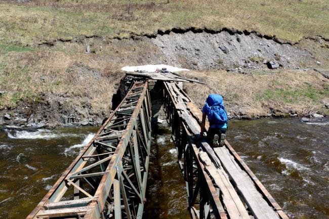 image30 10 Of The World's Most Dangerous Bridges