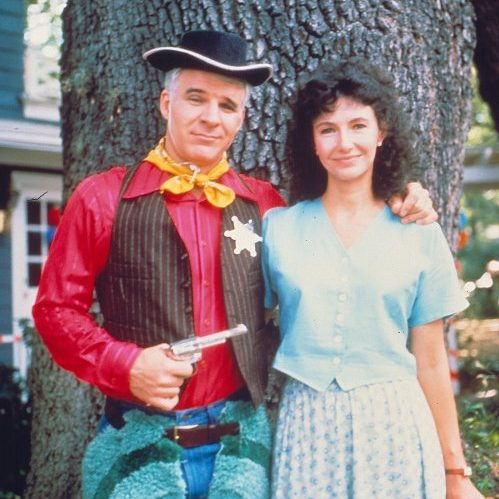 parenthood 1989 001 steve martin mary steenburgn tree 00m f5a e1612789321315 8 Things You Probably Never Knew About 1989's Parenthood