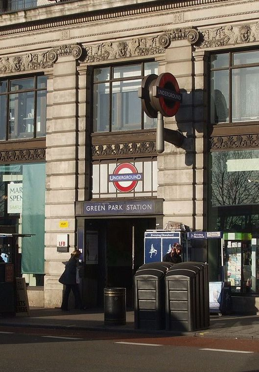 1200px Green Park stn building The 20 Worst Tube Stations In London