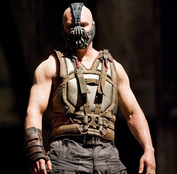 24a209842fe73d80fcaa31fe7adca717 e1611662579666 40 Things You Didn't Know About Tom Hardy
