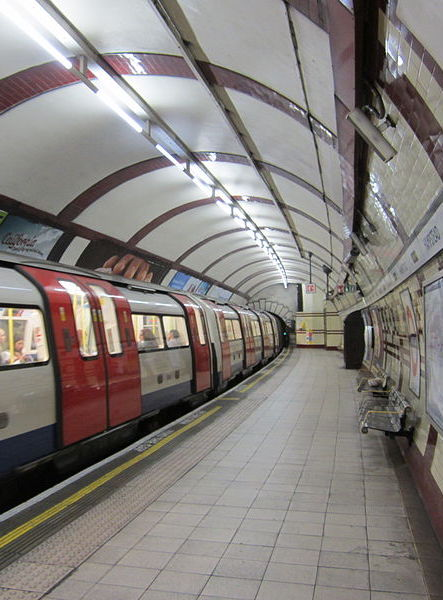 800px Train at Hampstead tube station The 20 Worst Tube Stations In London