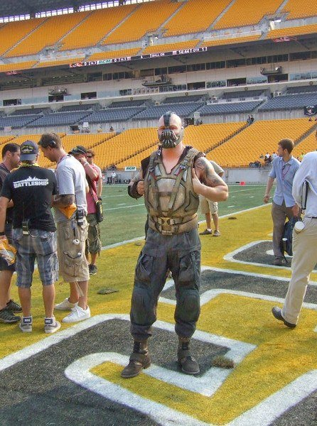 9Lyy8 25 Things You Didn't Know About The Dark Knight Rises