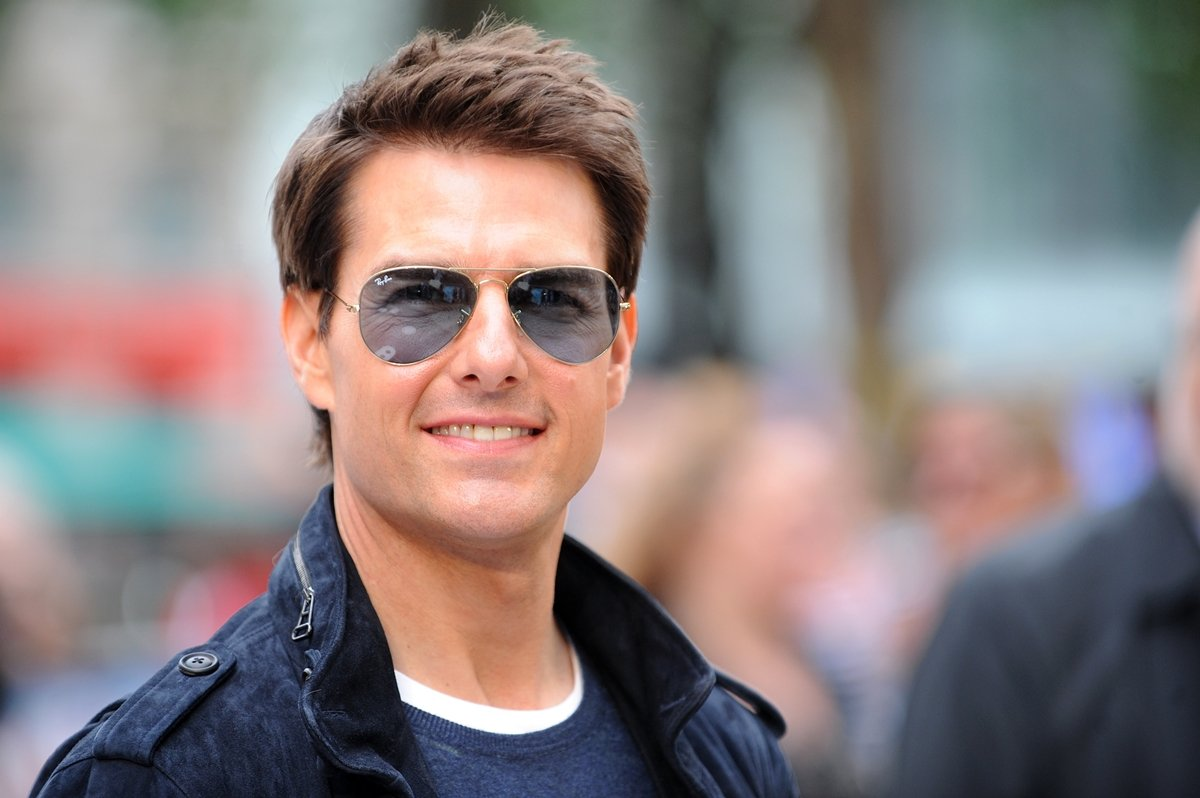 INTRO 1 10 Photos Tom Cruise Does NOT Want You To See