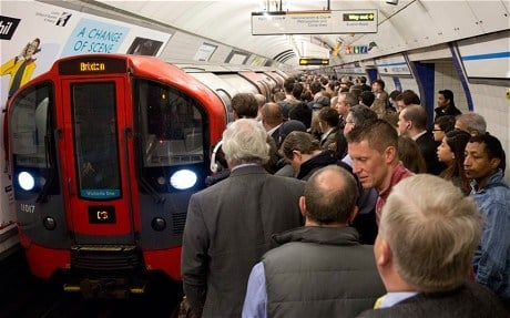Tube boarding28414 2896405c The 20 Worst Tube Stations In London