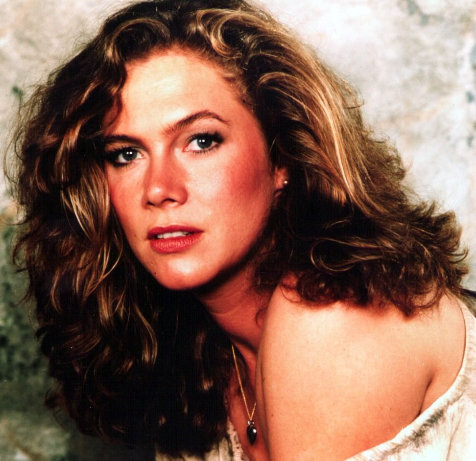 kathleen turner e1624006942369 Hidden Gems And Production Secrets In Romancing The Stone