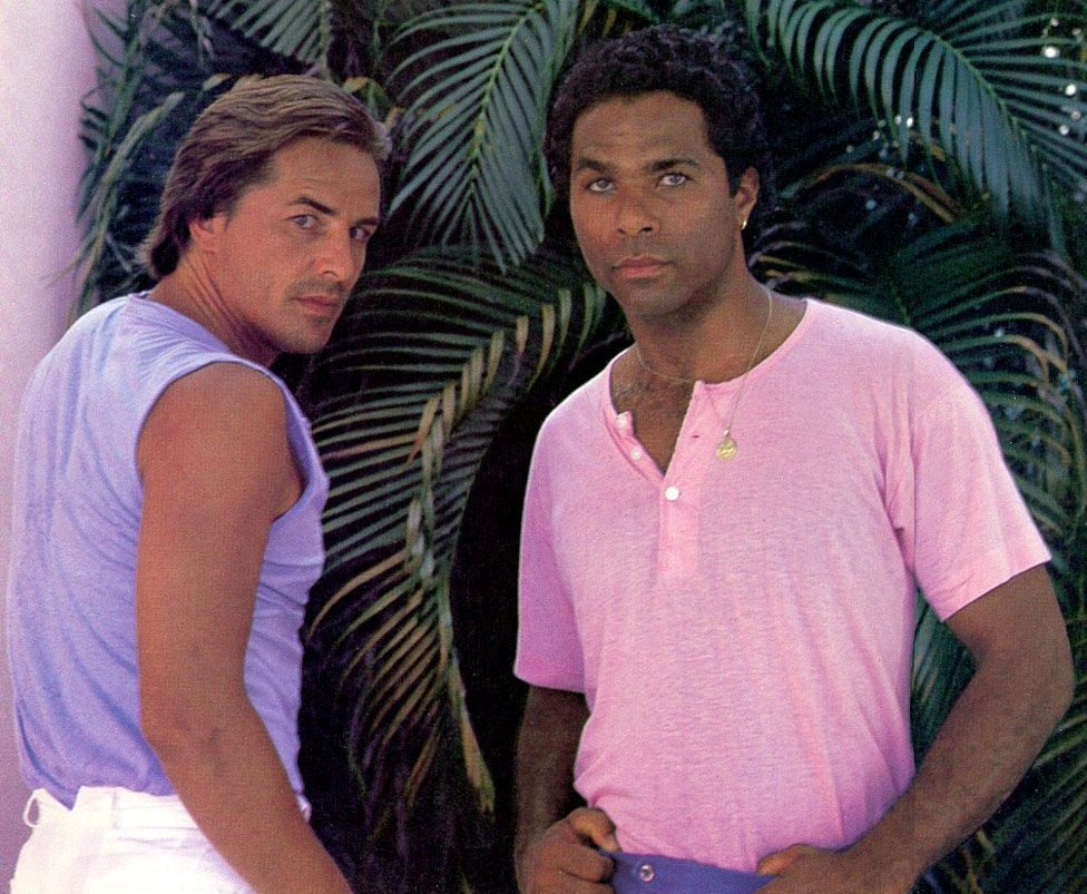 29ee27389f729ce69c8eb8449e94282a e1608547157809 20 Things You Probably Didn't Know About Miami Vice