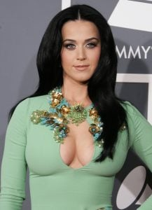 35 2 25 Gross Things You Don't Know About These Celebs