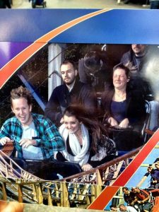 5a689e4550324 4bizf 605 30+ Of The Most Hilarious Rollercoaster Photos Of All Time