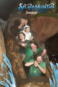 5a68a54d1807e igbxTr 605 30+ Of The Most Hilarious Rollercoaster Photos Of All Time