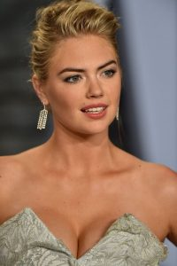 7 42 25 Gross Things You Don't Know About These Celebs