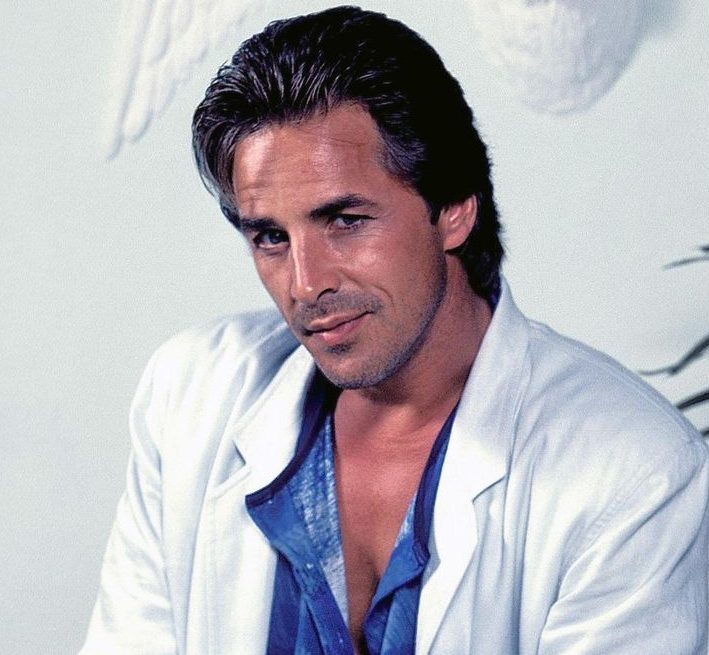 9f57bbf329cb41c6eb430c689cb049f2 e1608023545133 20 Things You Probably Didn't Know About Miami Vice