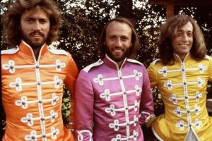 AUCTUS DIGITAL BEE GEES YOU WIN AGAIN 10 Things You Didn't Know About The Bee Gees