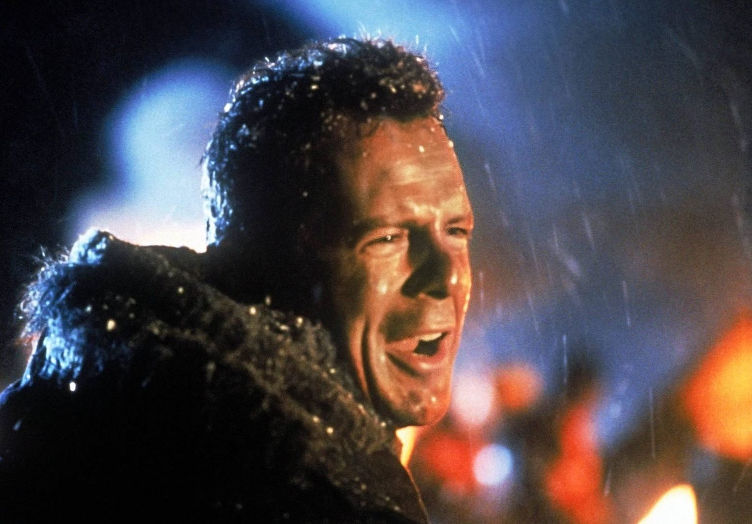 Die Hard 2 1 e1631022475493 10 Explosive Facts You Never Knew About Die Hard 2: Die Harder