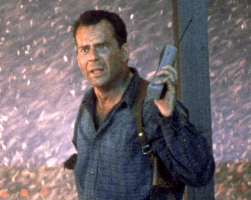 Die Hard 2 e1631023850276 10 Explosive Facts You Never Knew About Die Hard 2: Die Harder